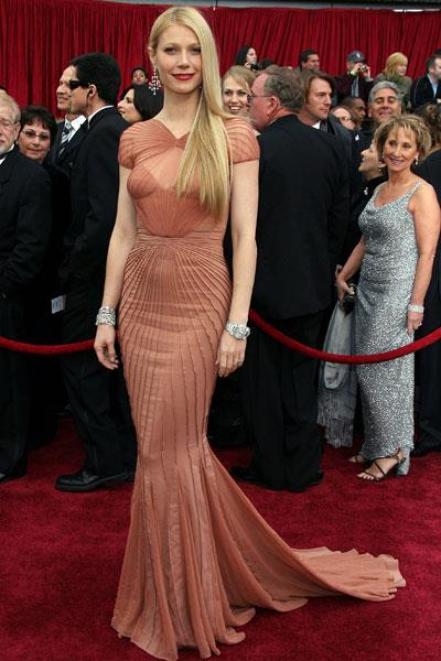 Radiant and red carpet-ready in Zac Posen at the Oscars in 2007