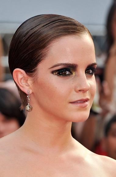 Emma Watson goes for a dramatic look at the Harry Potter and the Deathly Hallows Part Two premiere in New York.
