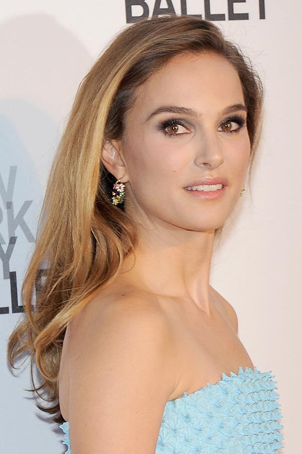 <strong>Natalie Portman</strong> <br>The petite Oscar-winner trialled honey highlights over summer...