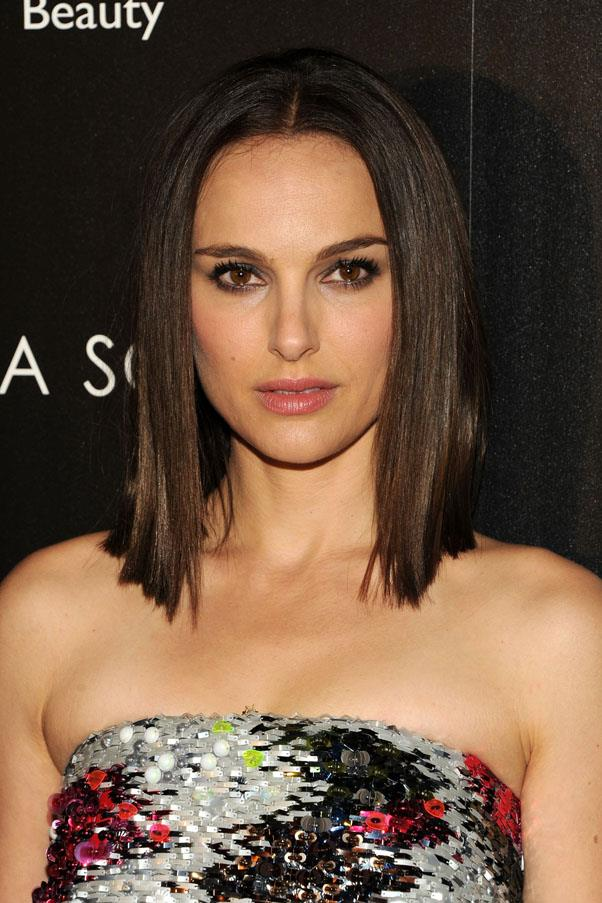 <strong>Natalie Portman</strong> <br>But hit the red carpet this month with a deep chocolate brown hue to go with her freshly cut lob.