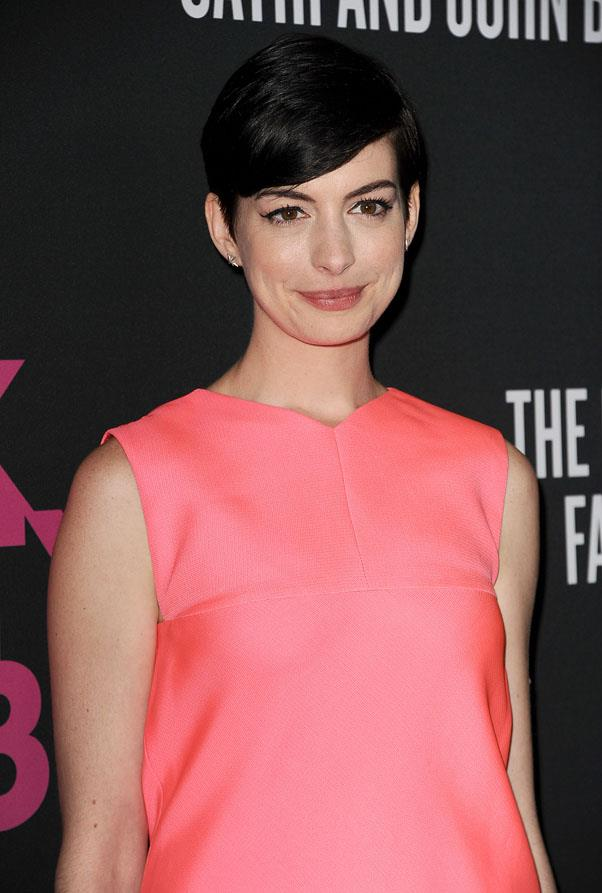 <strong>Anne Hathaway</strong> <br>Through long flowing locks to a dramatic pixie chop, we've always known Hathaway as a brunette.