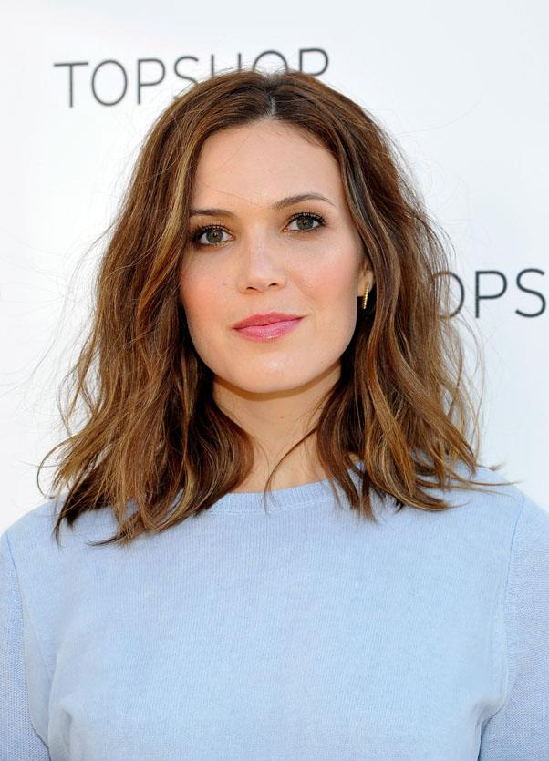 <strong>Mandy Moore</strong> <br>She's been off our radar for a while, but this perfectly tousled, voluminous style and soft honey highlights have put Moore firmly back in the spotlight.