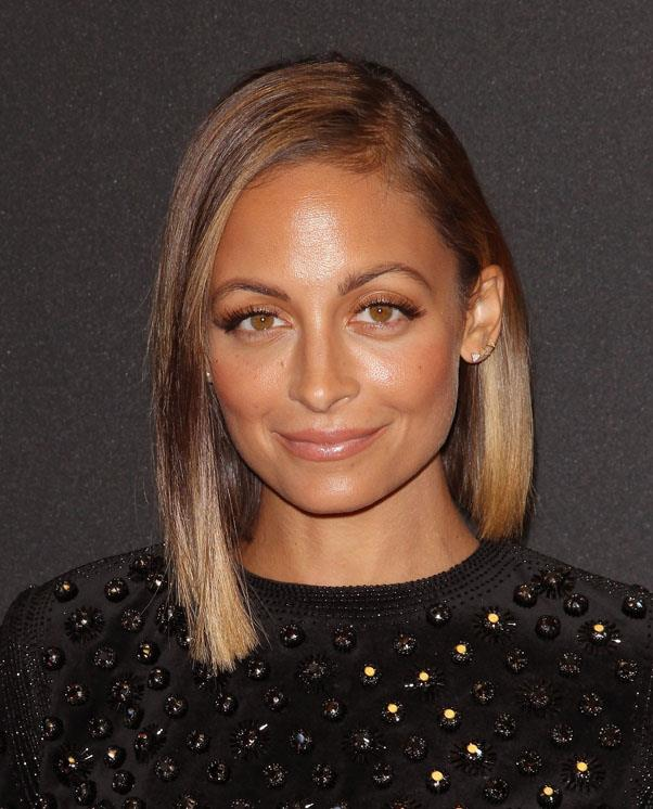 <strong>Nicole Richie</strong> <br>Show off healthy, shiny hair with a sleek side part.