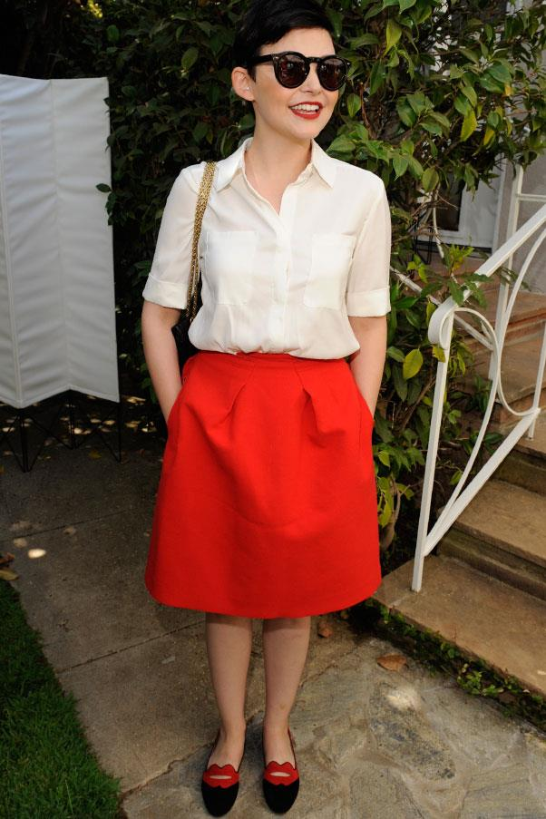 <strong>Ginnifer Goodwin</strong> <br>Bubble skirts cinch you in at the waist - we love Goodwin's bright version and matching shoes.