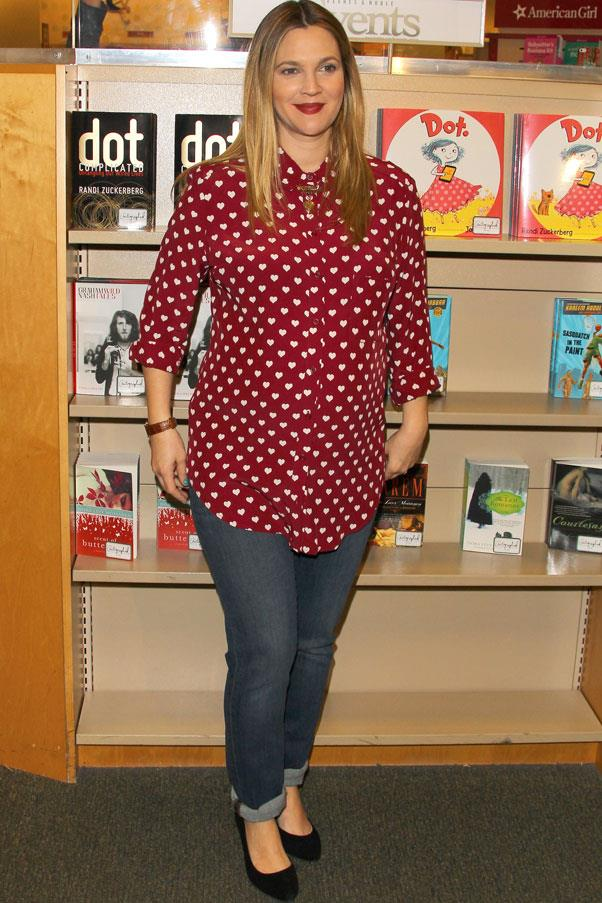 <strong>Drew Barrymore</strong> <br>Stock up on (or steal from your man) oversized mens-style shirts - opt for cotton fabrics which won't stretch like silk does.