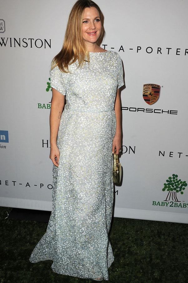 <strong>Drew Barrymore</strong> <br>We loved this look from Barrymore - simple, chic and pretty.