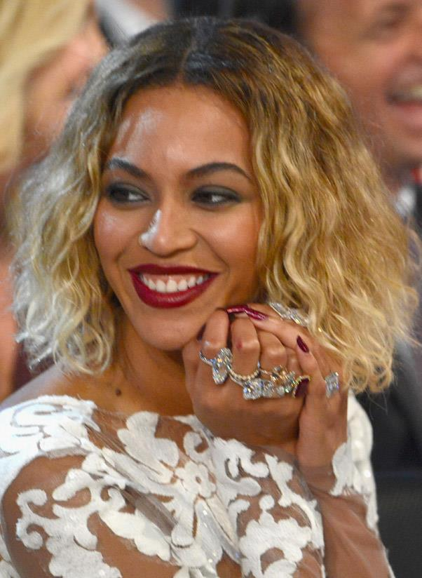 <b>Ring stacking</b><br> Stacking dainty rings up and down one's fingers has been on the blogger uniform for yonks. Update this look and up the bling ante by investing in clashing gem stones (faux or real like Queen B) and wear them all at the same time. <br> <i>Image: Beyoncé</i>