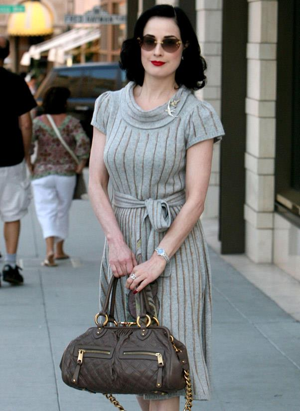 <b>Marc Jacobs Stam</b><br> The zippers, the long gold chain and the circular clasps – 2006 was all about the Marc Jacobs Stam bag. Named after model-of-that-moment Jessica Stam and a big favourite of A-listers all-around.<br> <i>Dita Von Teese (2007)</i>