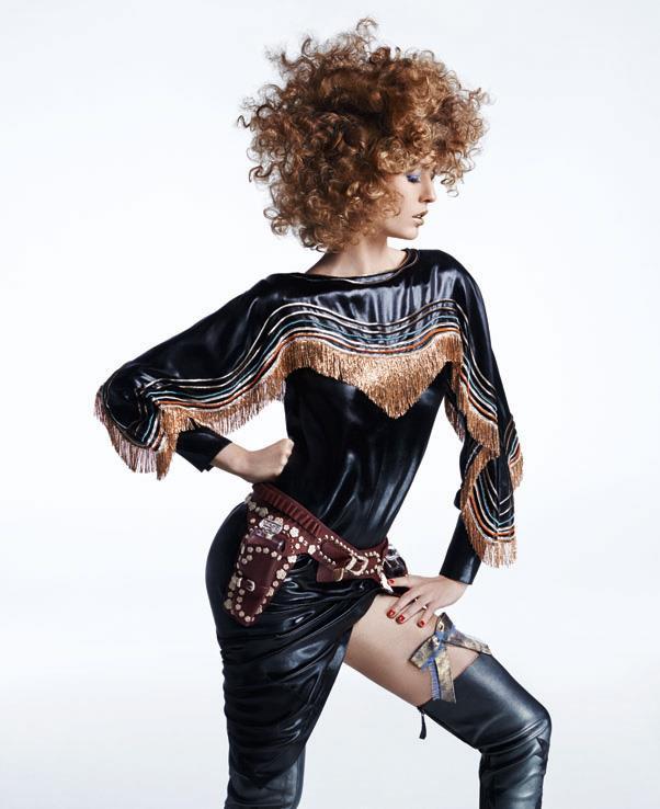 <strong>Nadja Bender</strong> in <em>Chanel</em>.
