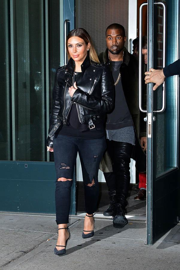 Off-duty cool in a sharp leather jacket and ripped jeans on November 24, 2013.