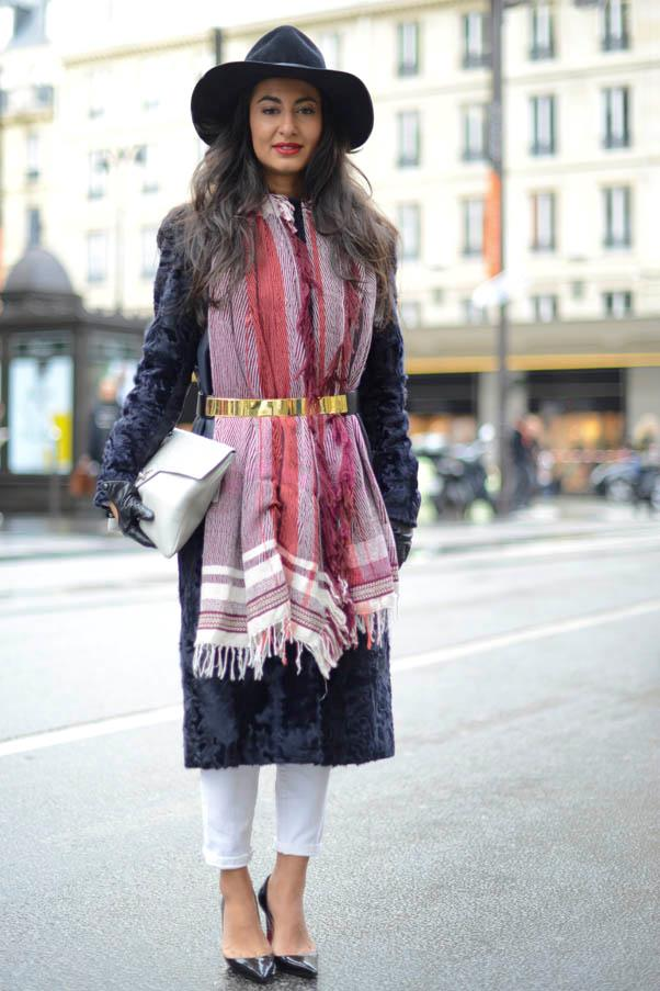 <strong>Wrap it up</strong> <br>Make like Burberry Prorsum's A/W 14 collection and cinch your scarf and coat with a belt - it adds instant polish to any winter outfit.