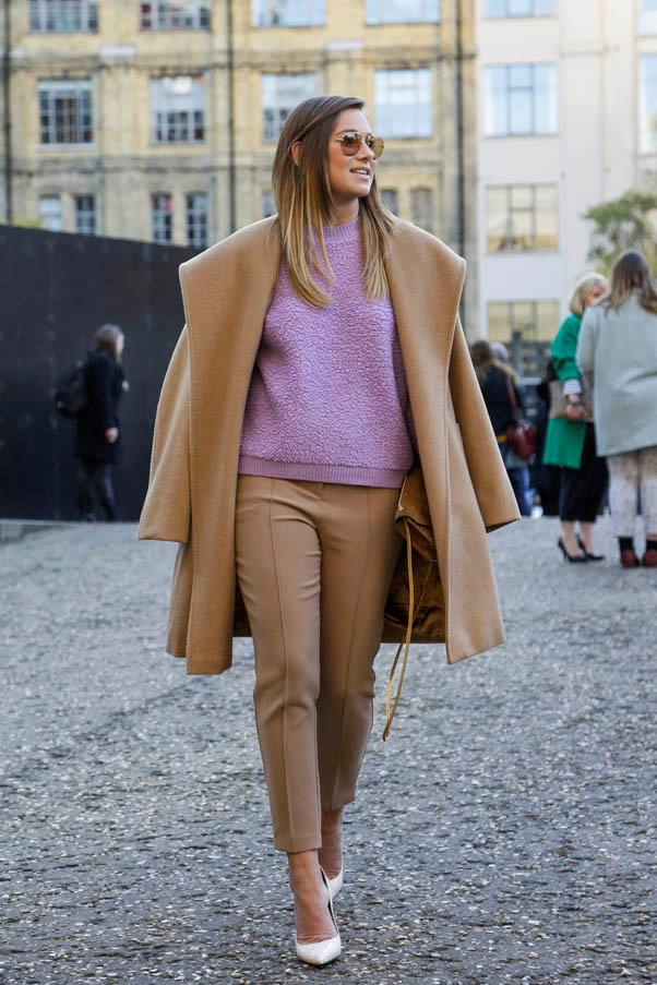 <strong>Over the shoulder</strong> <br>Colour-match your coat and pants makes for a more streamlined look.
