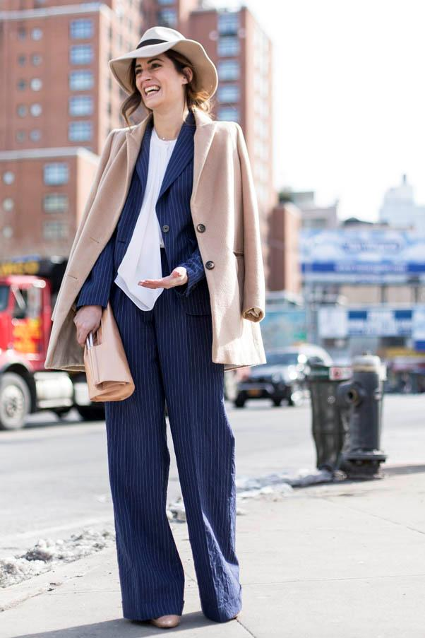 <strong>Wide-leg pants</strong> <br>While a slim leg will never go out of style, a wider version lengthens even the shortest of legs - provided you've got a great pair of heels on underneath.