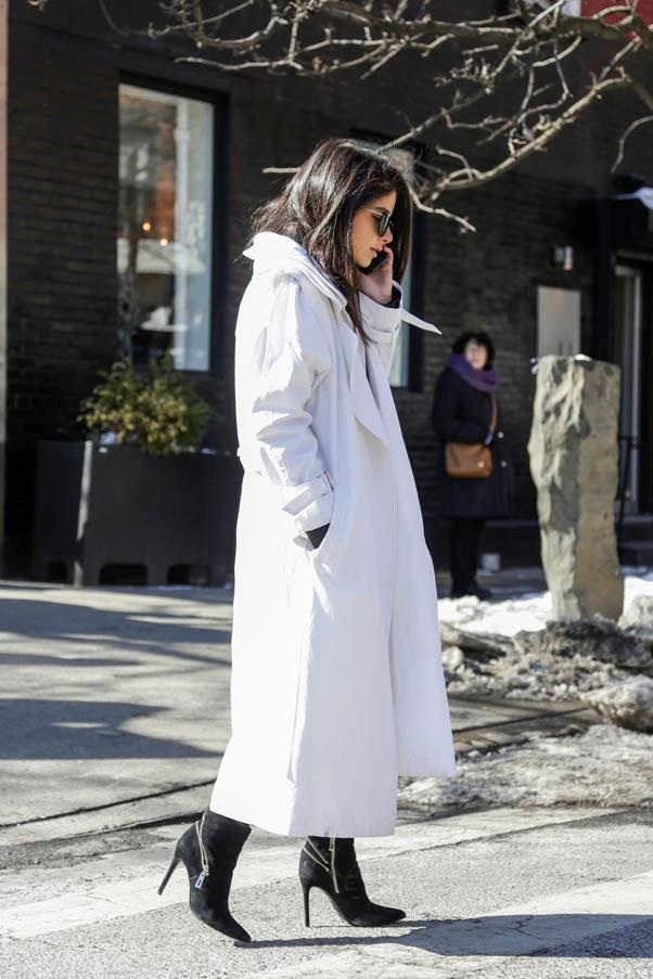 <strong>The duster</strong> <br>Try a waterproof trench coat version for rainy days.