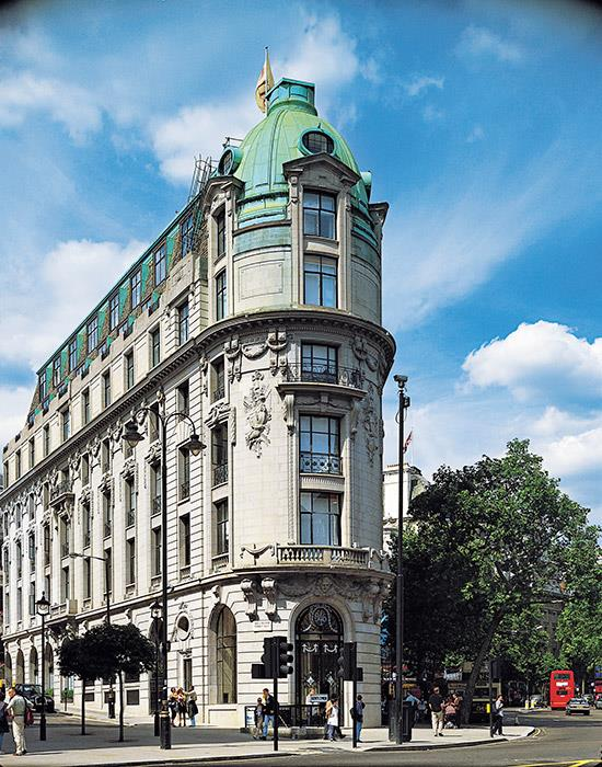 "<strong><a href=""http://www.lhw.com/hotel/One-Aldwych-London-England"">One Aldwych</a>, London</strong> <br><br>The British capital is home to countless grand hotels and pioneering boutique boltholes. So where does One Aldwych fit in the mix? It's not quite the English eccentric of Kit Kemp's Firmdale group, nor does it have the overt classicism of, say, The Ritz (although the building was designed by the same architects). It's not trying to be a Royal favourite, such as The Goring, or a modernist's dream, along the lines of its new Norman Foster-designed neighbour, ME London."