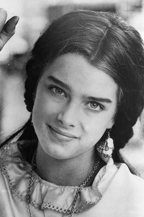 <strong>Brooke Shields</strong> <br>Undoubtedly <em>the </em>brow icon of the '80s, Shield's full, unruly and perfectly-ungroomed set brought bigger brows back in a big way.