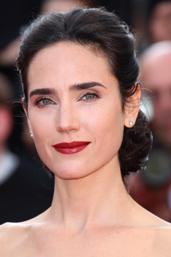 <strong>Jennifer Connelly</strong> <br>The actress's dark brows bring the focus to her bright green eyes.