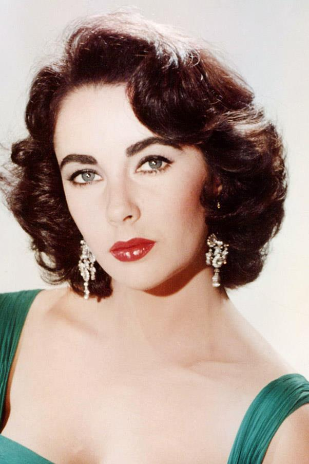 <strong>Elizabeth Taylor</strong> <br>Full and round, the iconic actress's brows were as bold as the rest of her striking features.