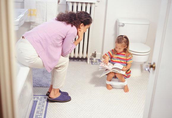 """Why not use a storybook to help your little one adapt to the transition. Here are our top 10 children's books for toilet training, reviewed by Megan Daley.  Megan is a super-busy mum and creator of the fantastic website/blog [childrensbooksdaily.com](http://childrensbooksdaily.com/