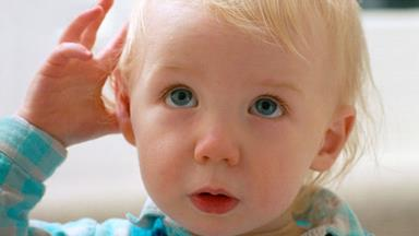 Toddlers change their behaviour to avoid angering adults