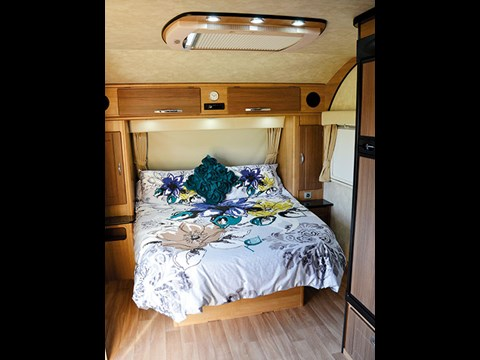 Jurgens Narooma J2607 caravan review