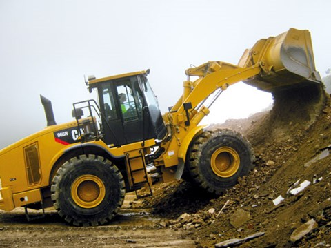 Caterpillar 966H hydraulics are fast.jpg