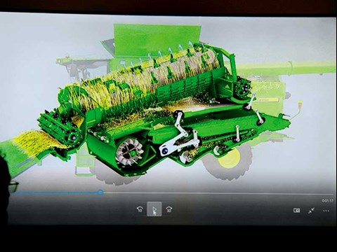 A detailed look into the 2018 S700 series John Deere combine