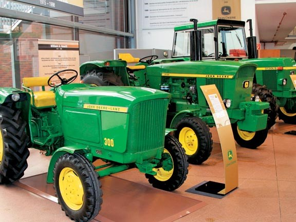 JohnDeere1.jpg