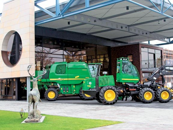 JohnDeere3.jpg