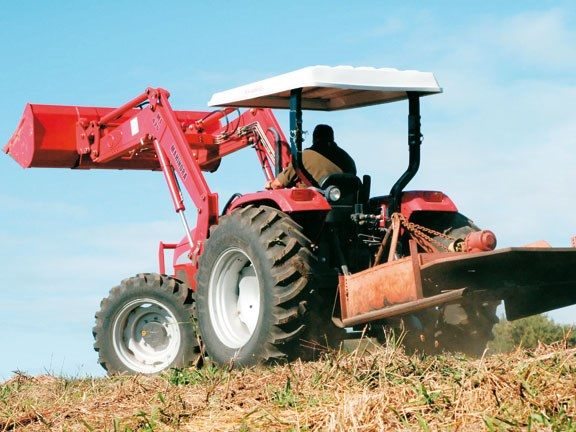 Mahindra-7520,-action-#6.jpg