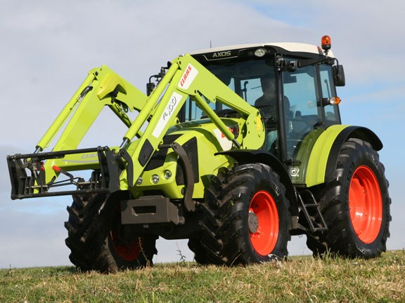 Claas-Axos-340,-action-#3-0.jpg