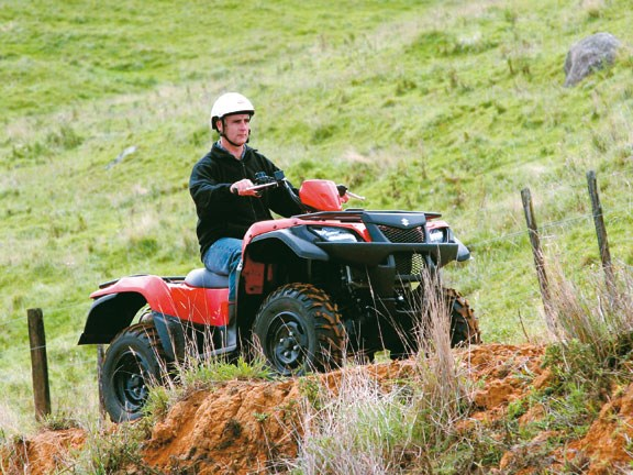 Suzuki-ATV-Test-action-#1.jpg