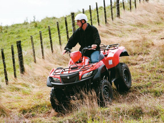 Suzuki-ATV-Test-action-#2.jpg