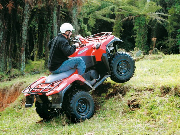 Suzuki-ATV-Test-action-#6.jpg