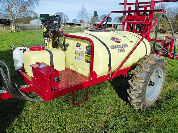 Hardi Grasslands 1200 sprayer