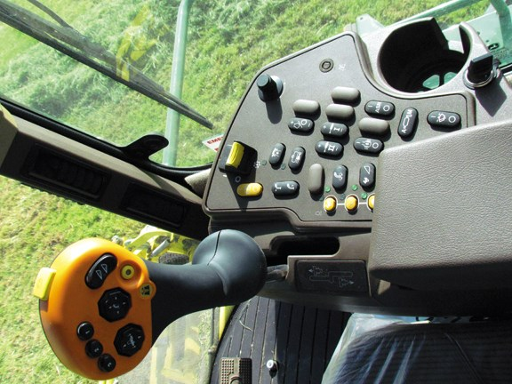The in-cab controls are all logically laid out thanks to the CommandArm right-hand console
