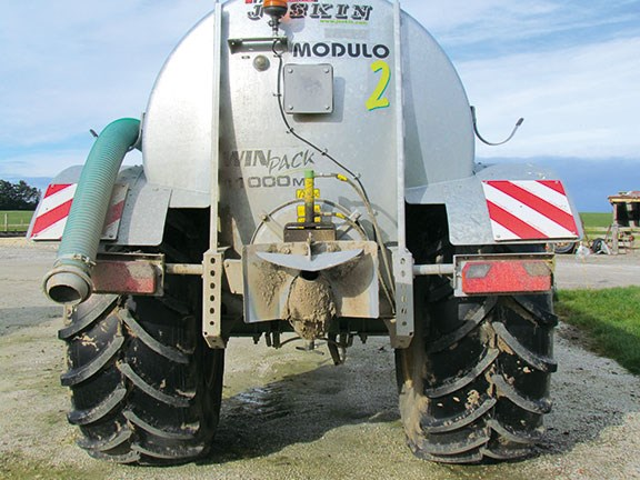 Joskin Modulo2 slurry spreader