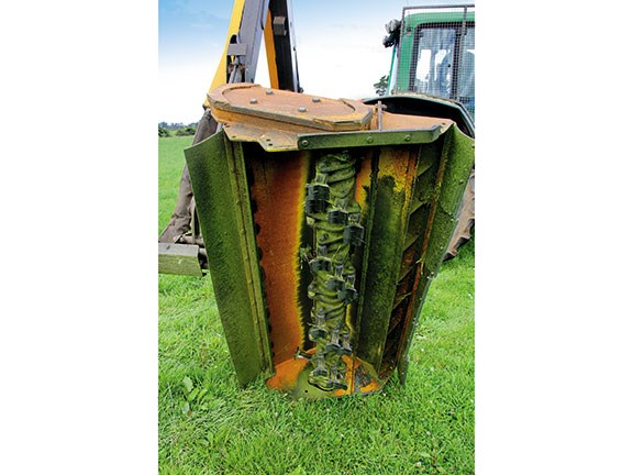 McConnel PA 6085 hedge mulcher