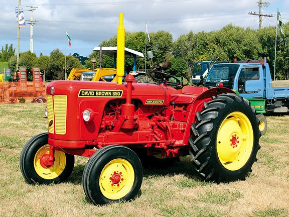 Northland Field Days vintage tractor