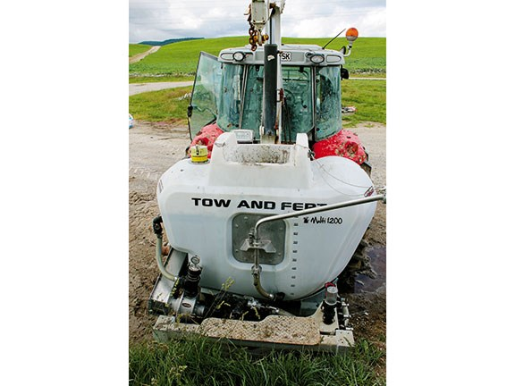 Tow and Fert Multi 1200