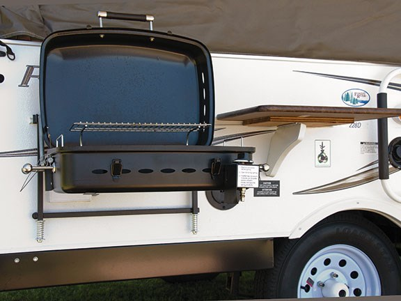 Flagstaff Mac 228D Pop Top Camper