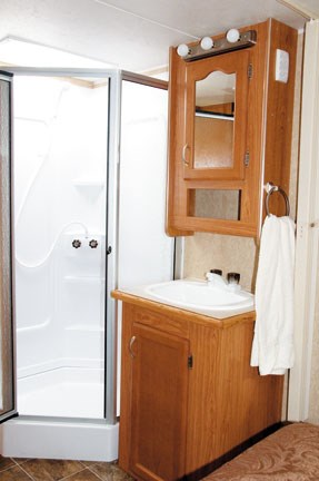seperate-shower-and-basin-m.jpg