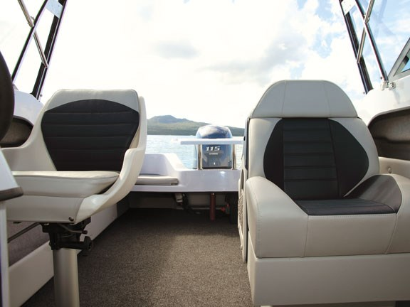 Haines Hunter SF535 seats