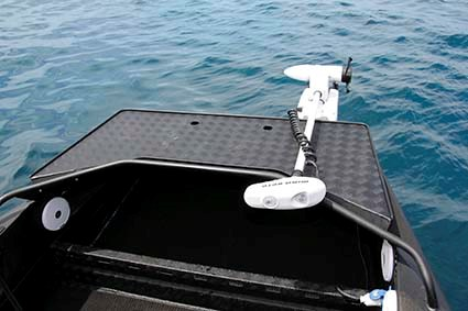BLACKDOG CAT 4 5 CENTRE CONSOLE 05