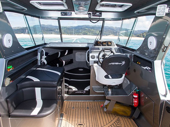 Extreme 700 Profisher cabin