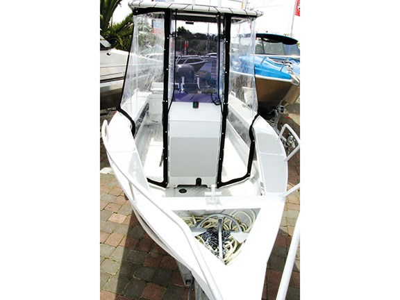 Second-hand boats 2010 Surtees 5.5 Centre Console