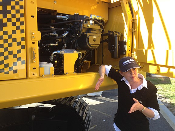 Komatsu National Business Manager (Construction) Amber Rickard explains the intricacies of the HB335LC hybrid excavator.