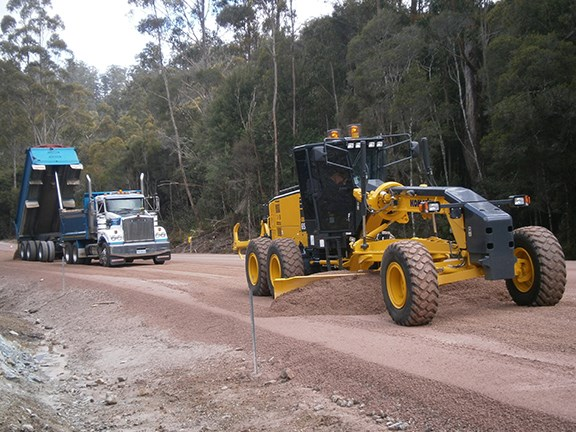 The Komatsu GD655A-5 grader operated by Tasmania's Shaw Contracting Australia.