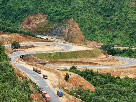The Shillong bypass road in north-east India required some dextrous planning and execution.
