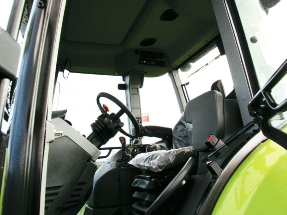 Claas Arion 620C with a large cab